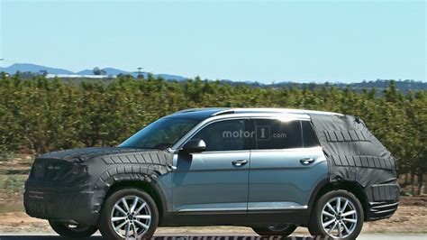 volkswagen suv 3 rows upcoming vw three row suv spied in arizona motor1 com