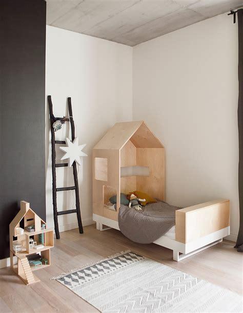 Lit Enfant Bois Brut by Craquez Pour Un Lit Cabane Dans La Chambre D Enfant