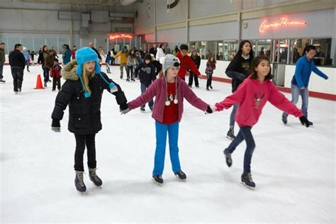 the gardens ice house public skating picture of the gardens ice house laurel tripadvisor