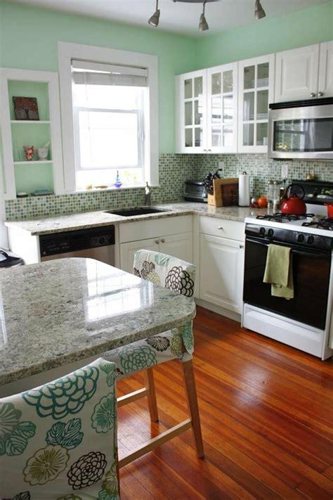 seafoam green kitchen cabinets 25 best mint green kitchen ideas on pinterest mint