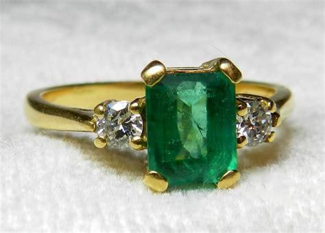 emerald ring 1 carat columbian emerald ring 18k unique