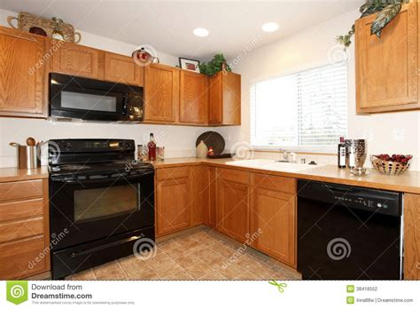Kitchen Kitchen Color Ideas With Oak Cabinets And Black Kitchen Cabinets With Black Appliances