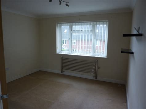 2 bedroom flat to rent bournemouth 2 bed flat to rent bournemouth road poole bh14 0ex