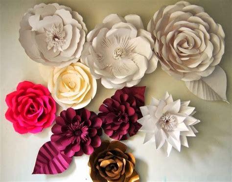membuat bunga dari kertas koran bekas cara membuat kerajinan tangan dari kertas bekas menjadi