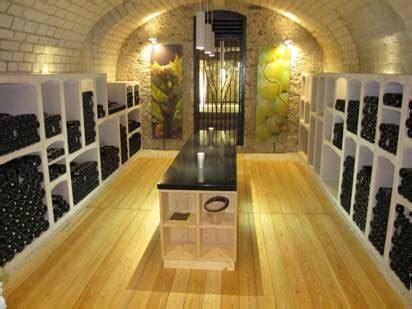Am Nagement Cave Vin 351 by Amenagement Cave Best Restaurant Amnag Dans Une Cave With