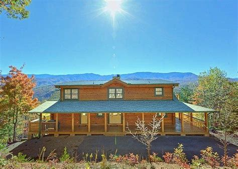 Luxury Cabin Rentals In Gatlinburg Tn by 29 Best Images About Knotty Squirrel On