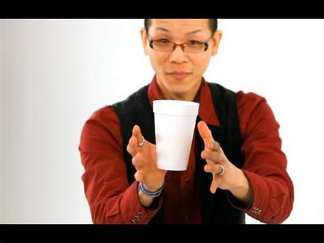 how to a tricks how to do the floating coffee cup trick magic tricks