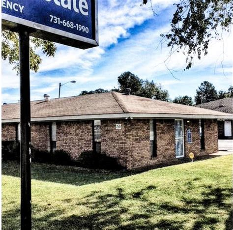 carriage house insurance allstate insurance agent angie hooten hughes at 250 carriage house dr jackson tn on