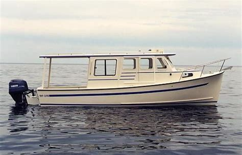 rosborough boats pre owned 2006 rosborough rf 246 sedan cruiser with shoreland used