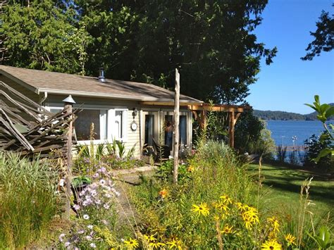 cabin rentals vancouver island waterfront cottage in sooke on vancouver island vrbo