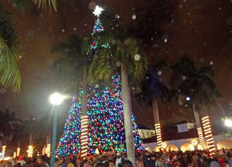 santa and christmas tree lighting 2012 delray beach fl