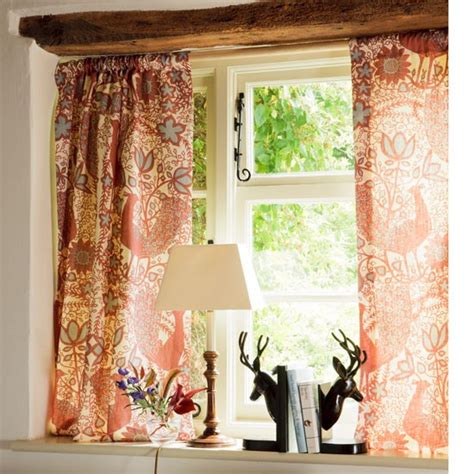 cottage drapes dress a cottage window dress and decorate country