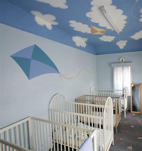 culle bambini culle per i bambini fotografia stock immagine di sonno