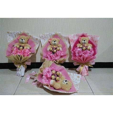 Hadiah Boneka Wisudu Free Box buket boneka coklat bunga only 150 000 free ongkir hadirkan kehangatan day