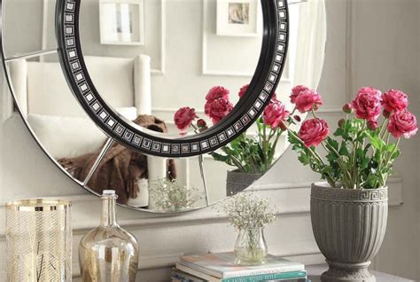 mirrors in bedrooms feng shui feng shui use of mirrors in your home 7 tips