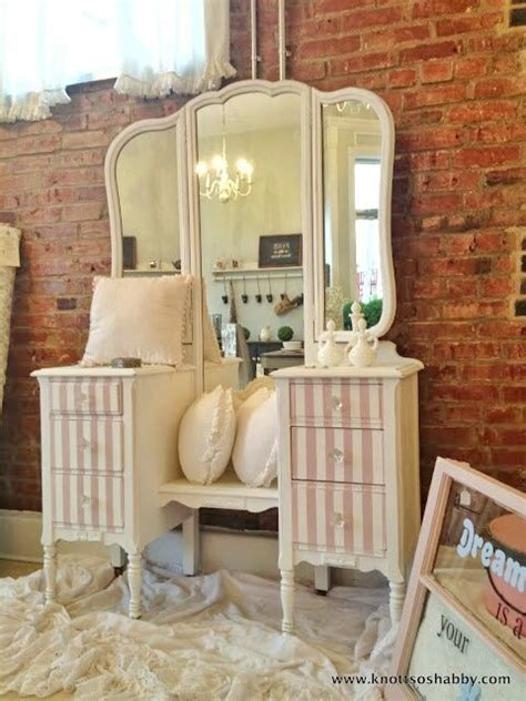 chalk paint tallahassee 55 best images about antoinette chalk paint 174 on