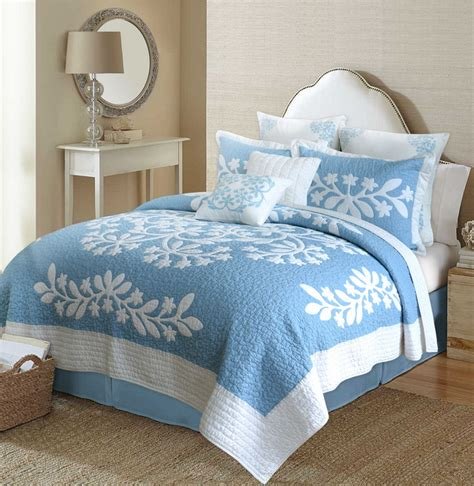 Hawaiian Quilt Bedding by Traditional Blue Hawaiian Quilt The Hawaiian Home