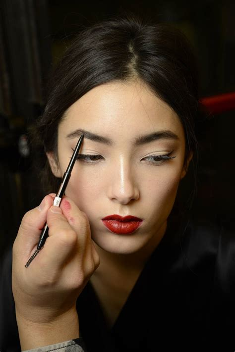 fall look 2015 dolce gabbana beauty dolce gabbana launches new fall make up collection senatus
