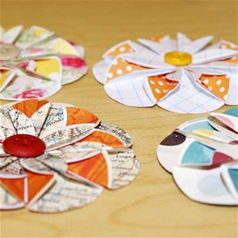 Paper Crafts Tutorials - paper flower tutorial simple paper crafts tip junkie