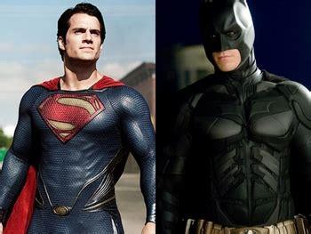 film batman vs superman untuk anak film superman vs batman diundur hingga 2016 kabar