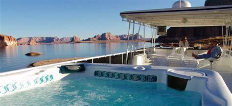 lake cumberland speed boat rentals life on a luxury houseboat lake powell utah