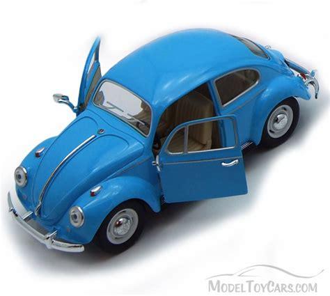 Kinsmart 1967 Volkswagen Classical Beetle Blue 1 1967 volkswagen classical beetle top by kinsmart 1 24 scale diecast model car wholesale 7002dy