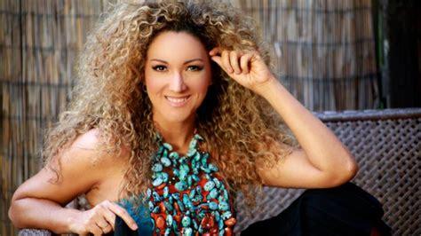 despacito woman erika ender co writes luis fonsi s latest single
