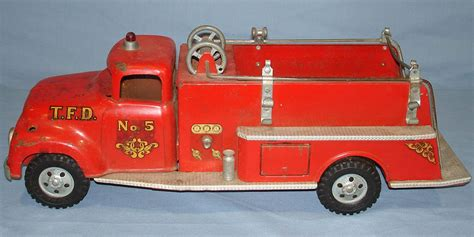 vintage tonka fire truck vintage tonka fire department suburban pumper 950 pressed