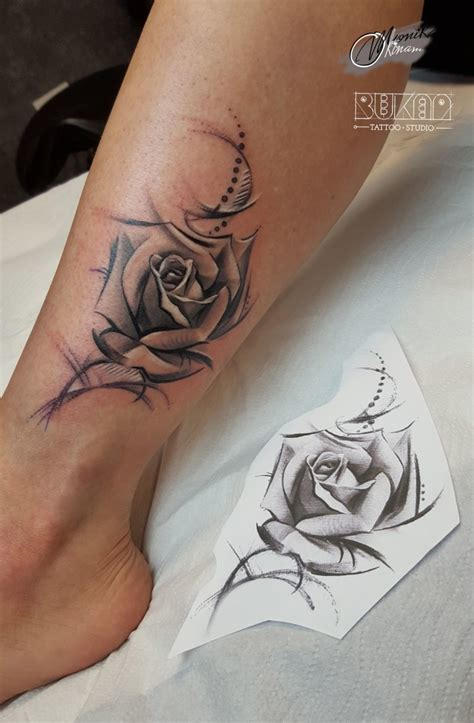 black rose tattoo on leg tarroo black and white legs