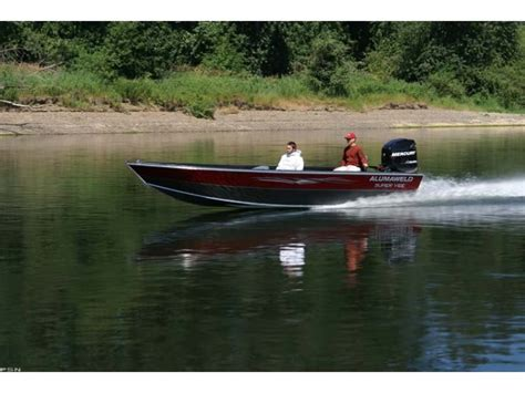 alumaweld boat models research 2011 alumaweld boats super vee pro 25 on
