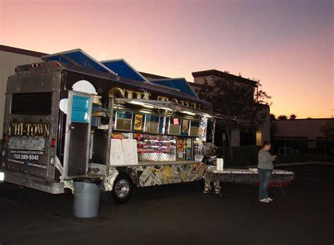truck in las vegas food truck las vegas 05
