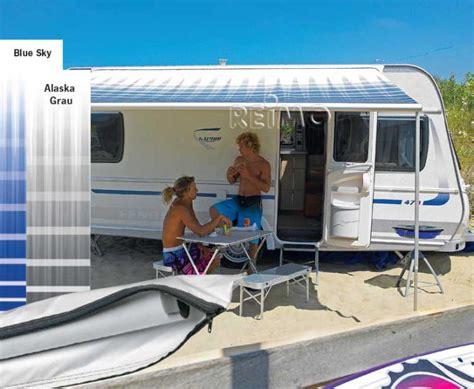 wohnwagen markisen hochwertige baustoffe wohnwagen markise mit dachmontage