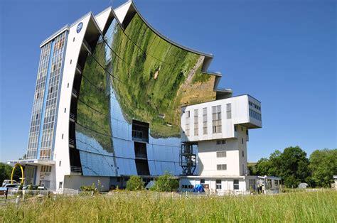 les les solaires odeillo abrite le four solaire le plus puissant du monde