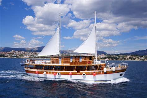 small boat cruise croatia croatia cruise holidays small ship croatia cruises