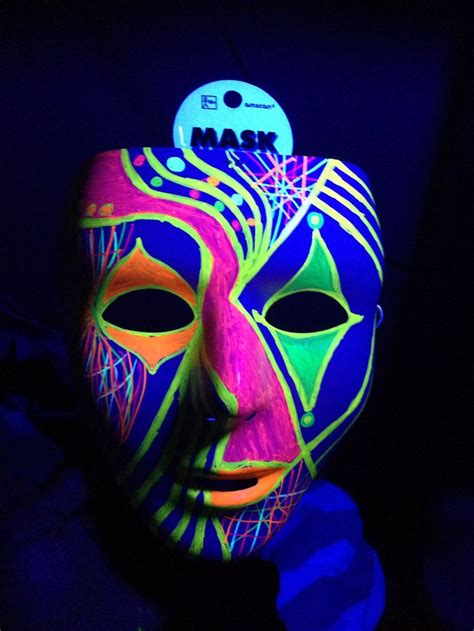 Masker Glowing black light ideas white mask city permanent neon