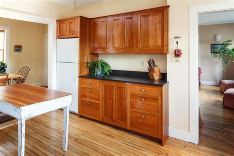 furniture style kitchen cabinets shaker style kitchen cabinets stauffer woodworking