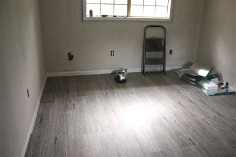 vinyl bathroom flooring bathroom remodel pinterest images about reception area flooring ideas on pinterest