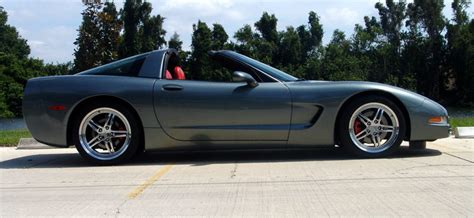 how make cars 2004 chevrolet corvette parking system 2004 corvette coupe rare spiral gray with torch red interior motorcycle custom painting