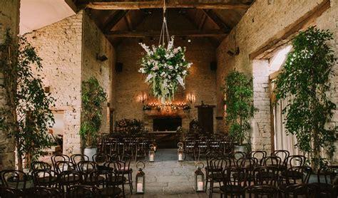 barn weddings east uk cripps barn wedding venue cirencester gloucestershire hitched co uk