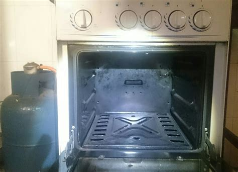 how to light a gas stove oven how to light this type of basic fashioned gas