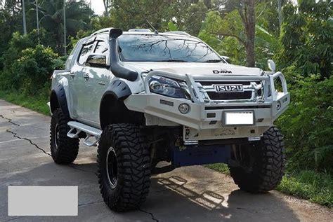isuzu dmax lifted front set only wide wheel arch toyota hilux isuzu nissan