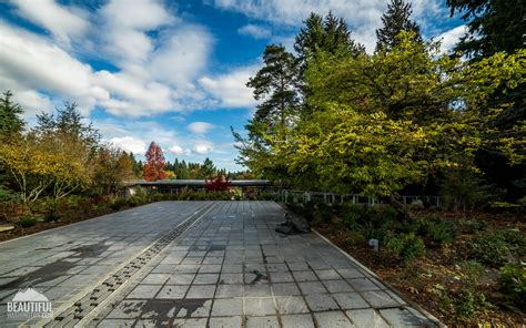 Gardens Bellevue by Bellevue Botanical Garden