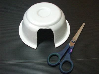 How To Make Igloo House With Paper - igloo just glue on cotton balls or tissue paper squares