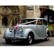 Triumph Renown Wedding Car Hire Herts Beds And Cambs