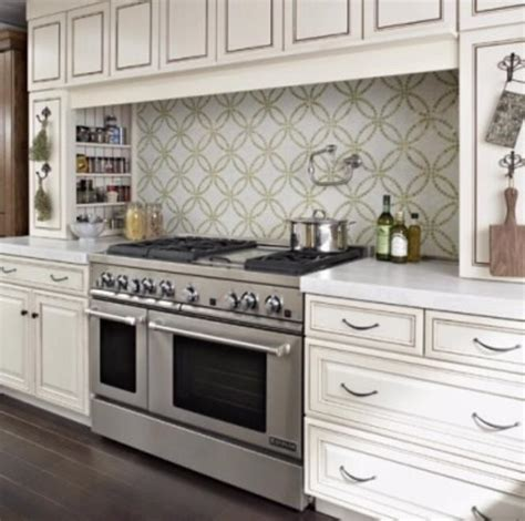 studio 5 trends in kitchen backsplashes