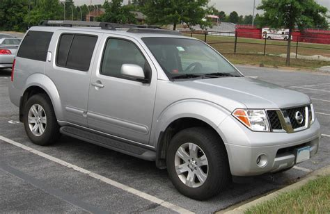 07 Nissan Pathfinder by File 05 07 Nissan Pathfinder Jpg Wikimedia Commons