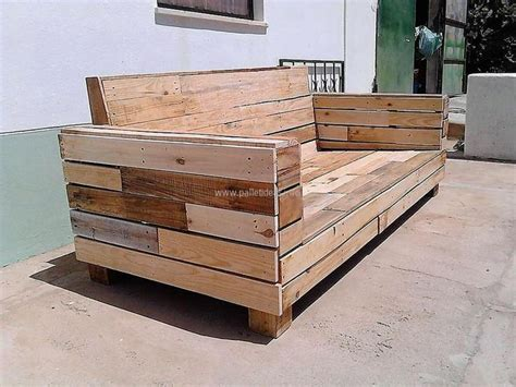 instructions for pallet couch best 25 wood pallet couch ideas on pinterest pallet