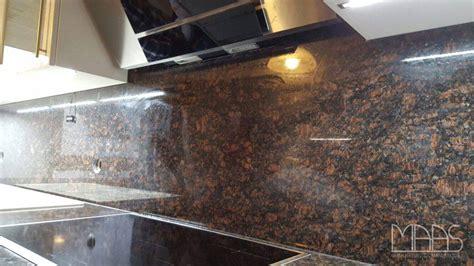 arbeitsplatten granit remscheid brown granit arbeitsplatten und r 252 ckw 228 nde
