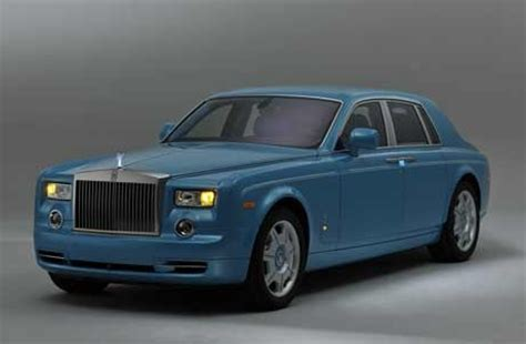 roll royce qatar first ever turquoise coloured rolls royce phantom bespoke