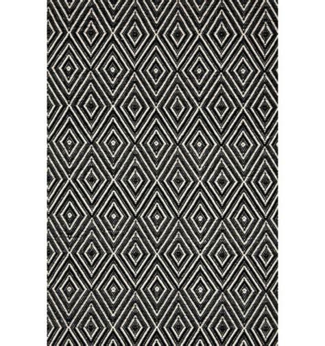 schwarz weisser teppich teppich designs f 252 r den au 223 enbereich die ins haus